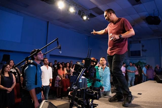 "En pleno rodaje ""Creeré"", la tercera película cristiana de  Julio Román"