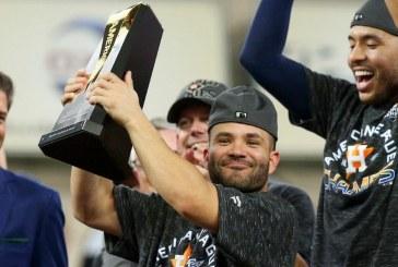 Mira cómo la superestrella de la MLB Altuve le da toda la gloria a Dios
