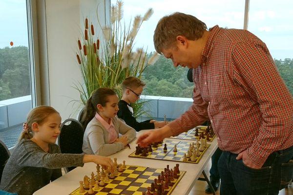 Grischuk jr vs Shirov