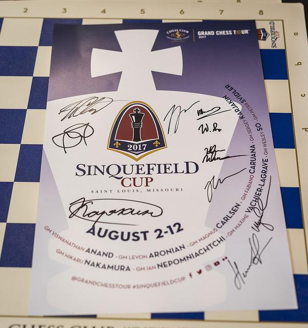 Sinq17 - Signatures