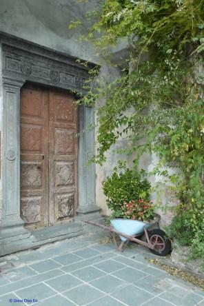Side door of Notre Dame de l'Assomption
