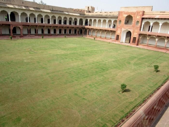 Agra Fort Beauty Bazaar