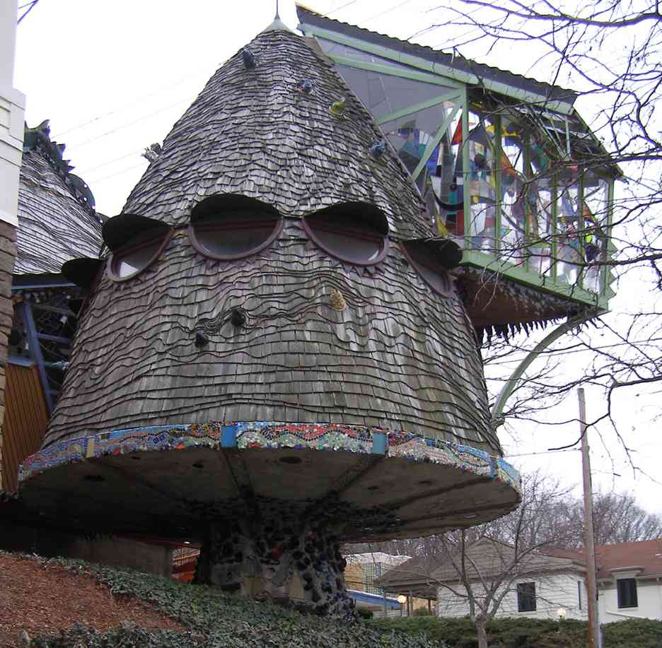 The-Mushroom-Tree-House-by-Terry-Brown