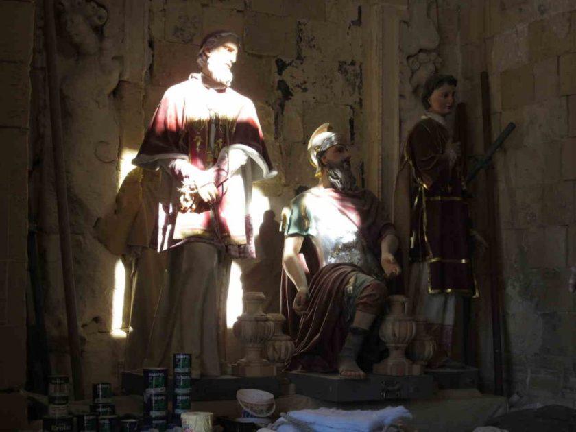 Malta church statues