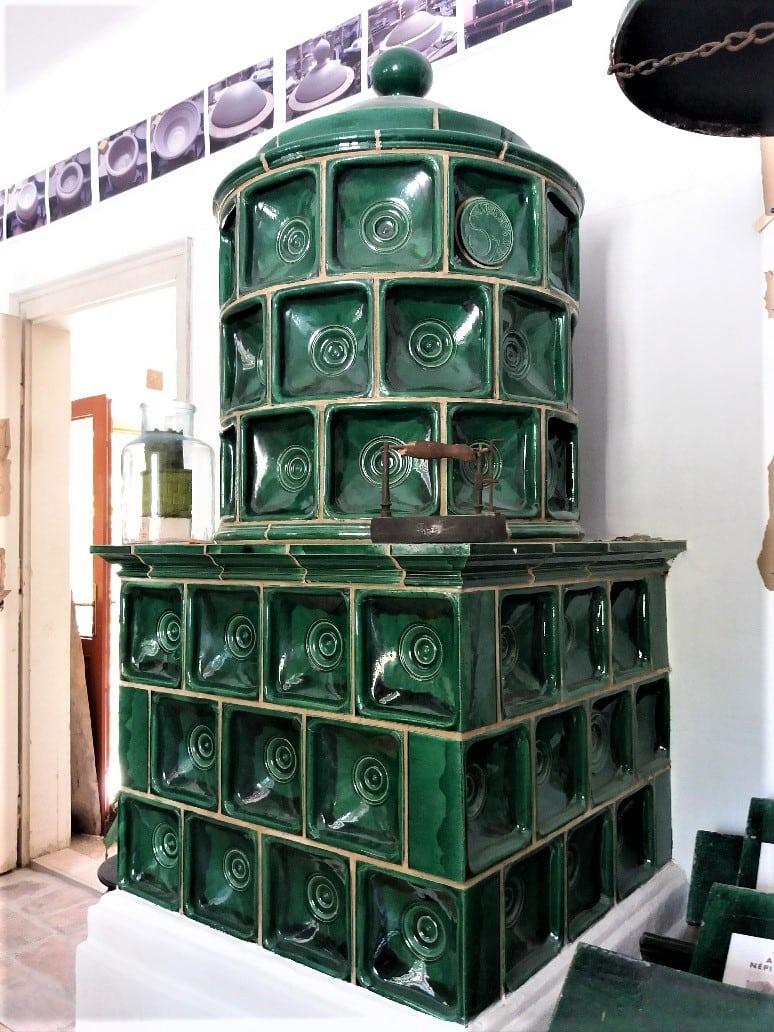 Szalay Imré Hungarian tiled stove