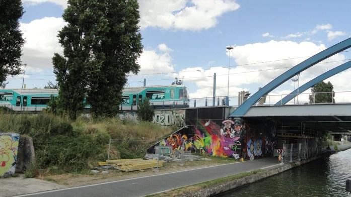 Canal de l'Ourcq, Pont de Bondy - Passage du Tram 1