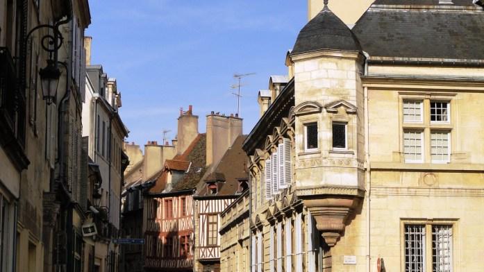 Dijon - Rue Roussin - Façades