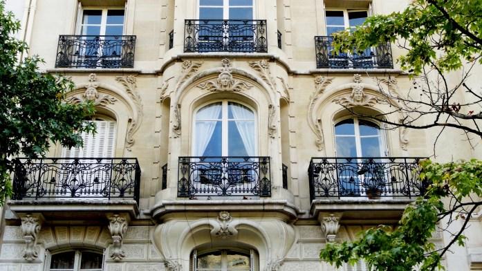 Balade dans le 15e - Place Adolphe Adolphe Chérioux - Façades