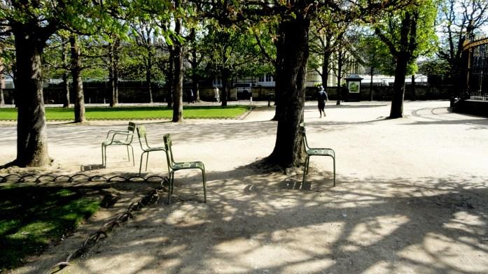 L'absence - Une balade au Jardin du Luxembourg