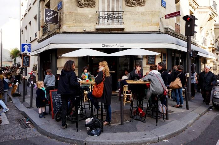 Balade dans les 19e et 20e - Rue de la Villette - Braderie