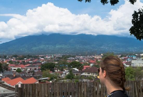 Vue depuis le centre de Bukittinggi