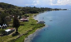 Lac Toba vu du ciel