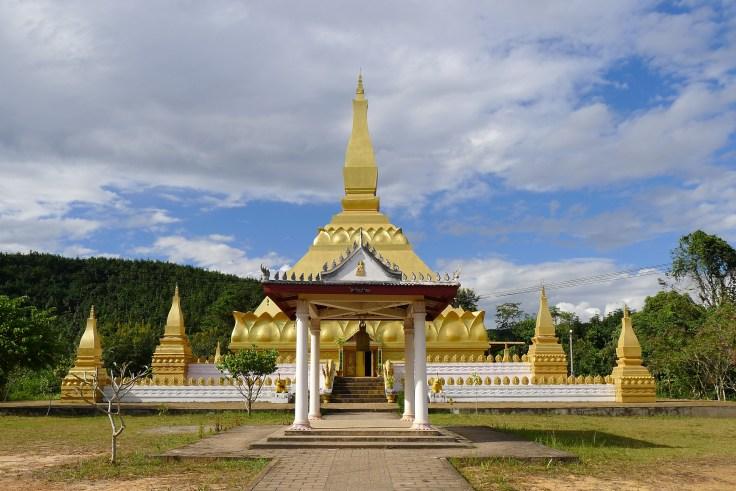 Laos Luang Namtha - Pha That Luang