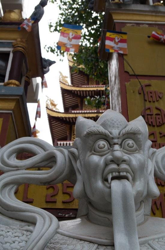 Laos - Vientiane - Phat Tich statue