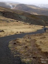 Paysage de rando aux Hengil hot springs en Islande