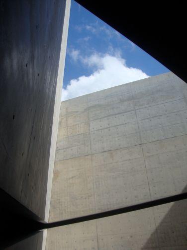 Photo © Tadao Ando/by Mitsuo Matsuoka Tadao Ando Architect & Associates Chichu Art Museum (2004) Naoshima, Kagawa, Japan
