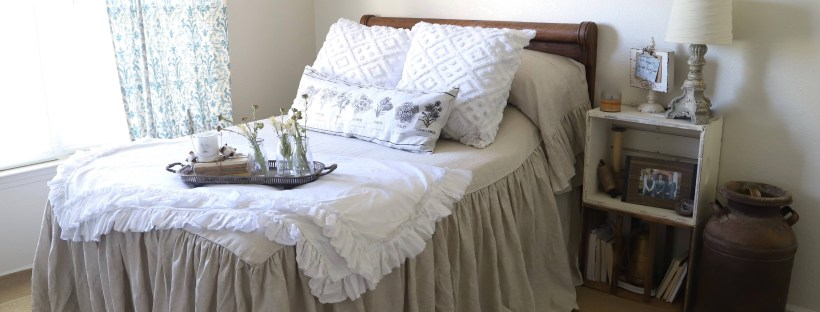 farmhouse bed linens and ideas on how to set up a beautiful neutral shabby chick, farmhouse bedroom