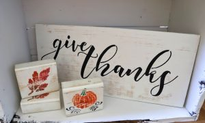Farmhouse chippy paint fall signs