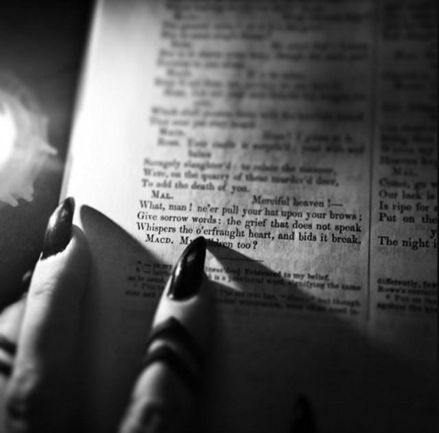 Bibliomancy2