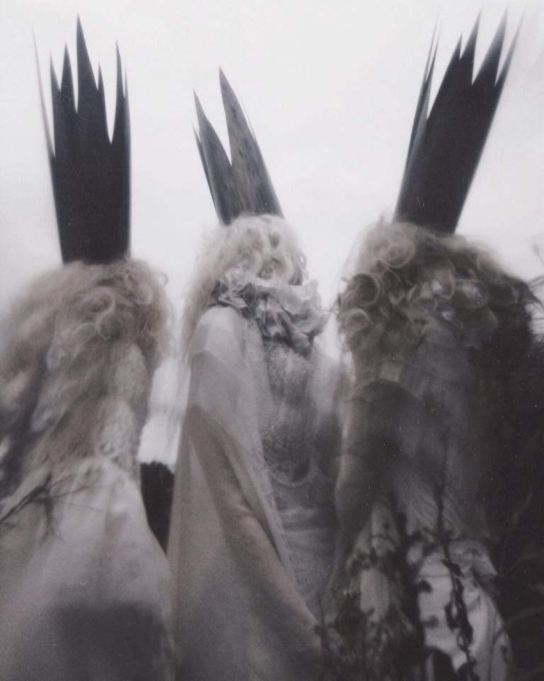 None-Limmen-three-queens