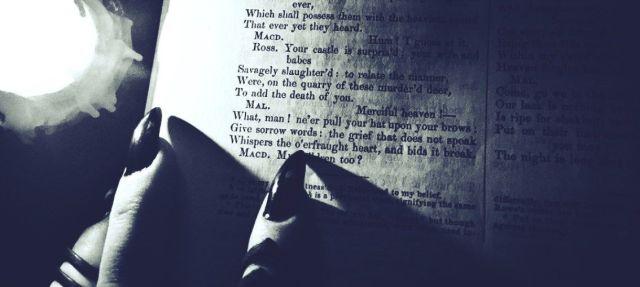 Bibliomancy-header