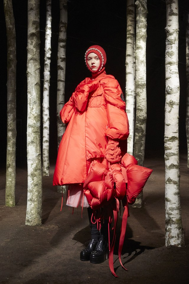 00005-MONCLER-SIMONE-ROCHA-2019-READY-TO-WEAR