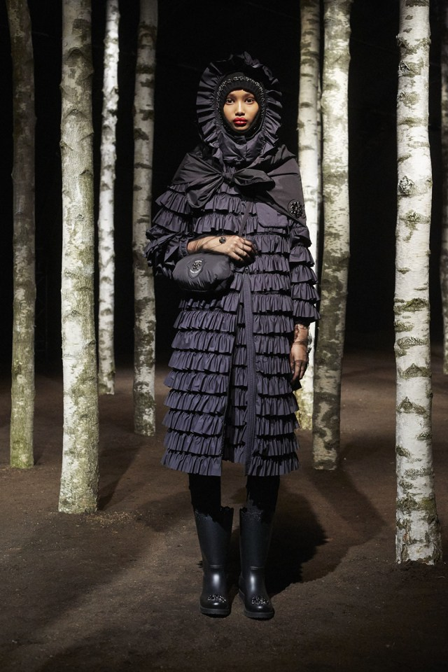 00012-MONCLER-SIMONE-ROCHA-2019-READY-TO-WEAR