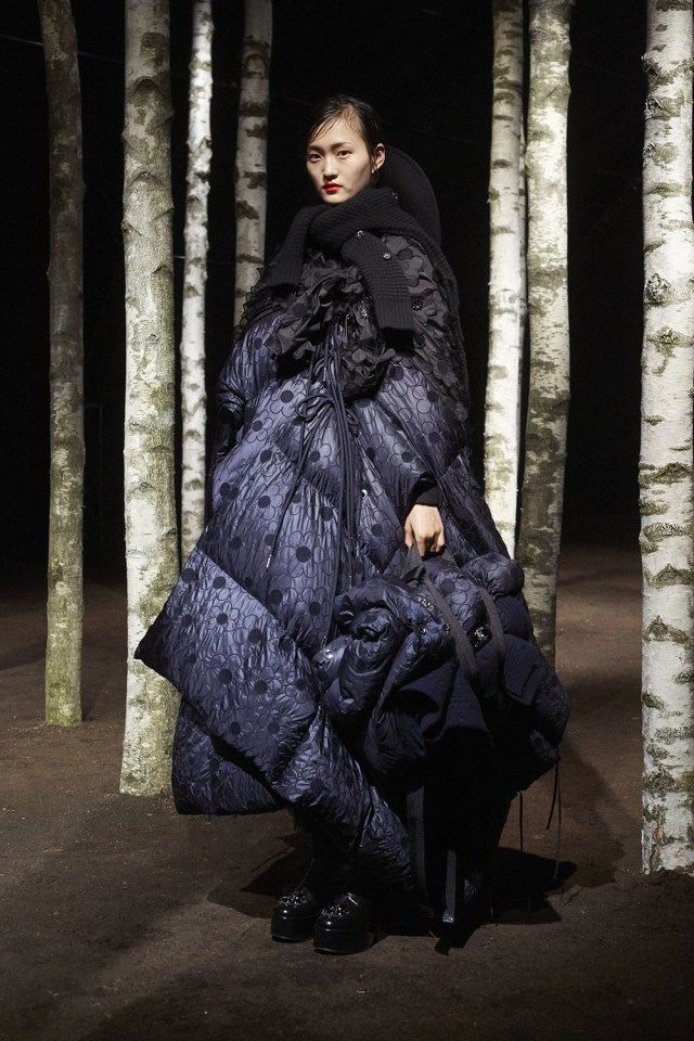 00017-MONCLER-SIMONE-ROCHA-2019-READY-TO-WEAR