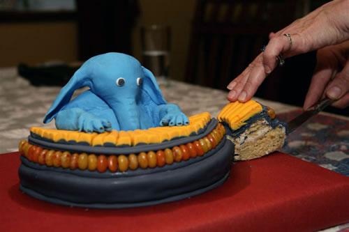 star-wars-max-rebo-cake.jpg