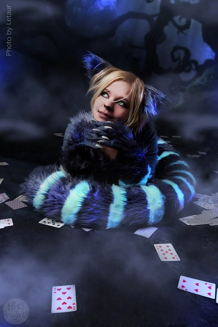 An Awesome Collection of Alice in Wonderland Cosplay