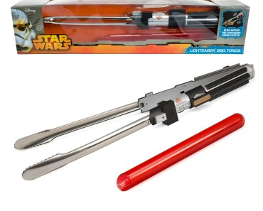 Barbecue Like a Jedi This Summer with Lightsaber BBQ Tongs with Sounds