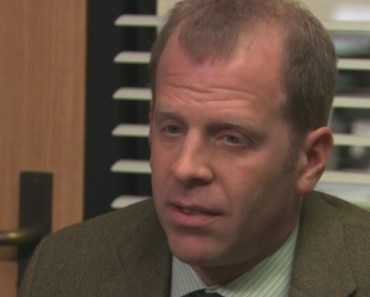 """There's A New Dark Conspiracy Theory About Toby From """"The Office"""""""