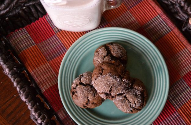 Vegan Molasses Crinkles by An Unrefined Vegan