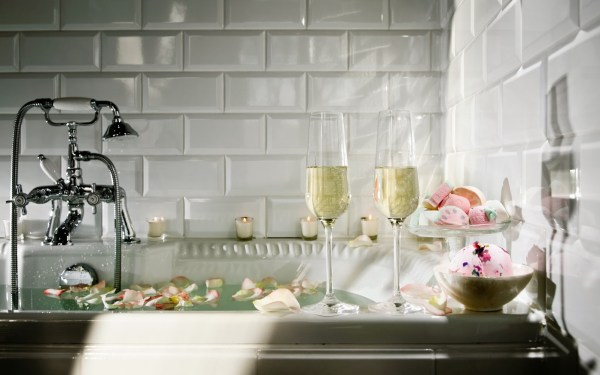 Luxurious Spa Trends- Anti-Aging Wine Bath from Bathroom Bliss by Rotator Rod 3