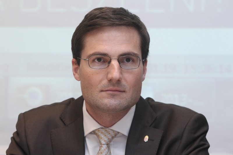 Jobbik startet in Ungarn die Kampagne für die Lohnunion