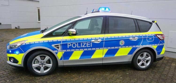 Polizei in Nordrhein-Westfalen fährt zukünftig Ford S-MAX Funkstreifenwagen