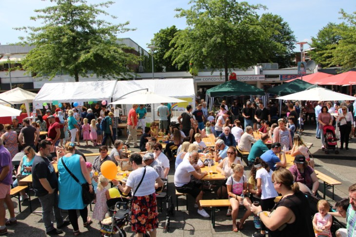 Foto Besucher Bürgerfest