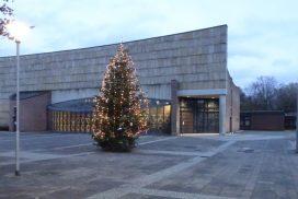 Foto Concordienplatz mit Weihnachtsbaum