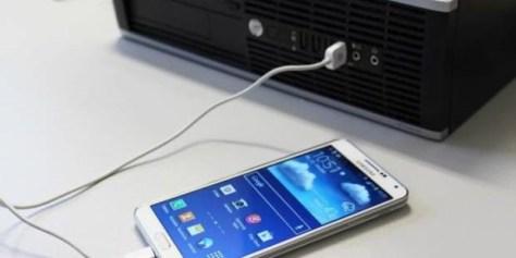 Bild: Wird das Smartphone vom PC nicht erkannt, kann es mehrere Ursachen geben – oft hilft ein simpler Neustart