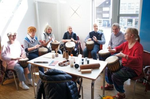 Trommeln gegen Parkinson-Blockaden