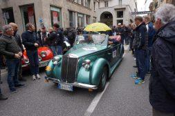 Lancia - mit Schirm und Charme