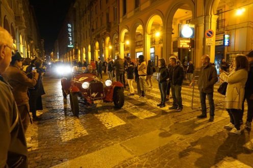 Einfahrt in Bologna