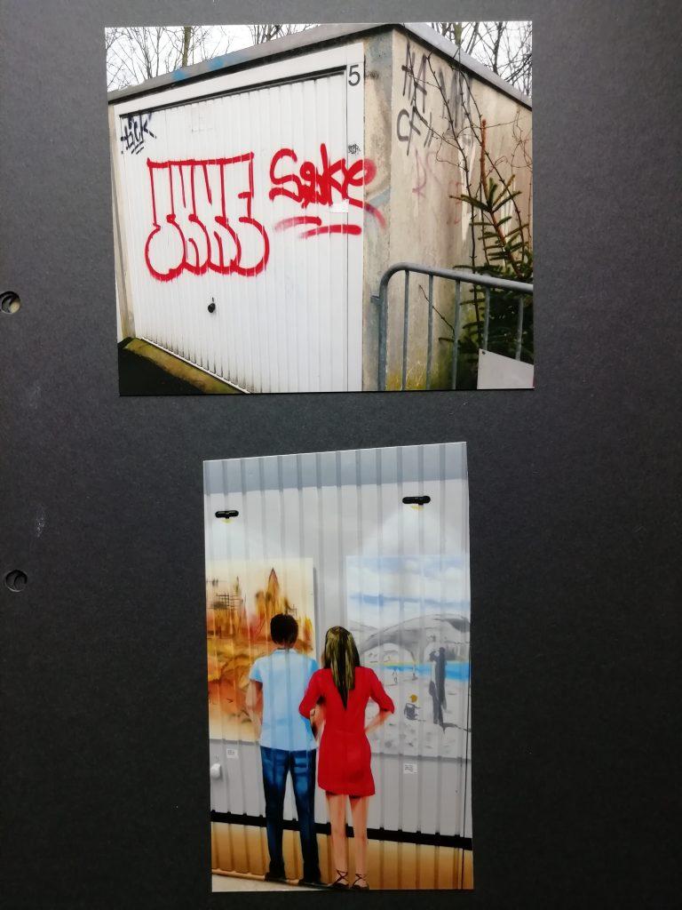 Ein Beispiel der neugestalteten Garagentore in der Siegbergstraße in Siegen. Hier: vorher verschmiert, nachher betrachtet ein Paar Bilder in einer Ausstellung.