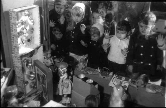 1959. Escaparate Santos Yuberos