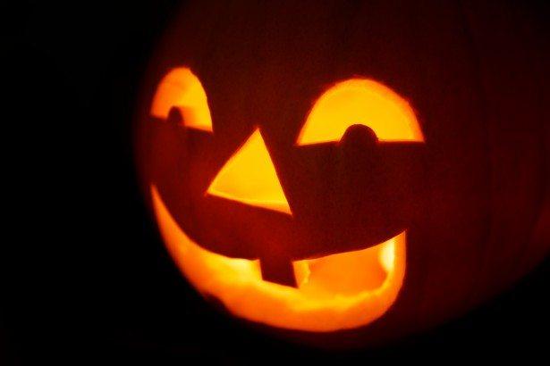 jack-o-lantern-face-1423845693414