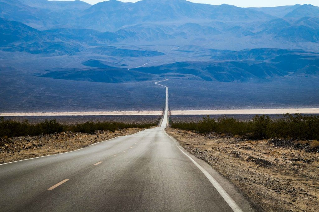 Death Valley highway