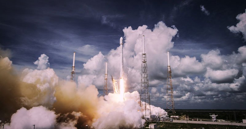 SpaceX Rocket Launches in 4K UltraHD