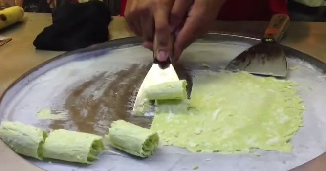 That's How They Make Ice Cream In Thailand