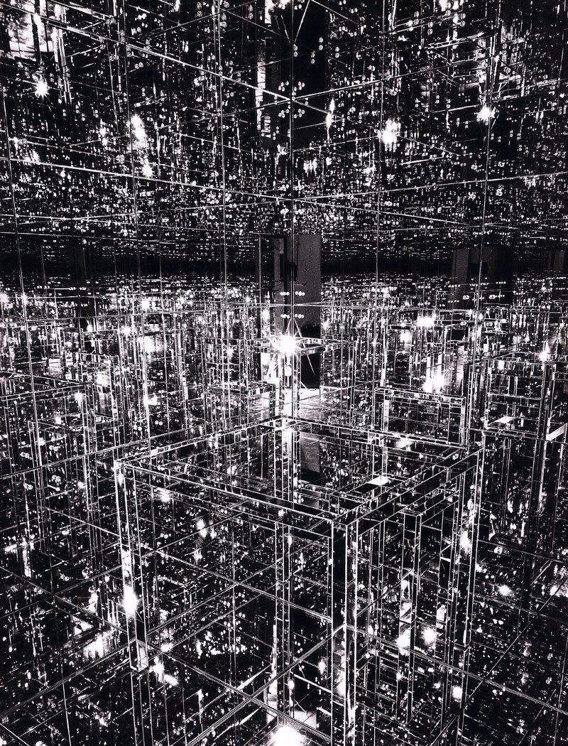 Lucas Samaras' 1966 Mirrored Room