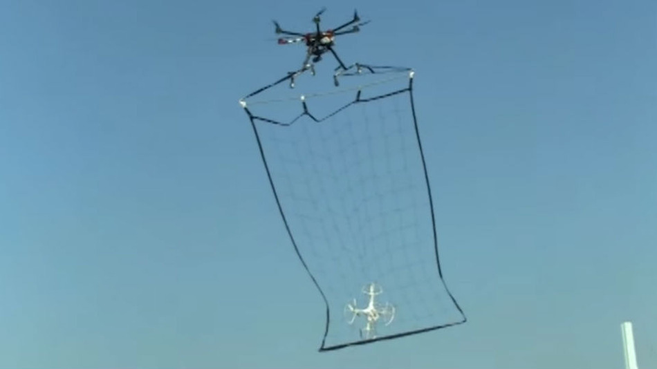 Police Drone in Tokyo Catches Other Rogue Drones